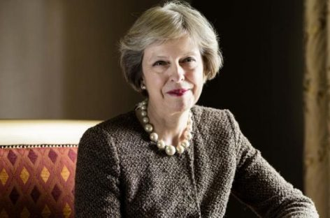 May gathers ministers to hear views on Brexit